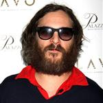 Joaquin Phoenix raps in Vegas and falls off stage while Casey Affleck films him 30921
