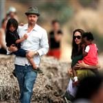 Brad Pitt Angelina Jolie hang out at the beach with The Edge 20155