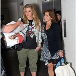 Jessica Simpson in cargo Capri pants at LAX June 2010  63967