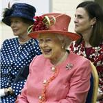 The Queen visits a school in Windsor 84876