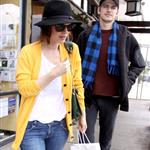 Hayden Christensen and Rachel Bilson in Malibu yesterday after lunch 34319