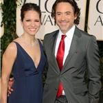 Robert Downey Jr with his wife at the Golden Globes 2011 76960