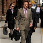 Robert Downey Jr leaving Letterman with his lunchbox 59897