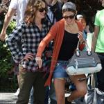 Nikki Reed and Elizabeth Reaser in Vancouver for Eclipse 45328