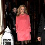 Reese Witherspoon leaves her London hotel 51602