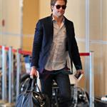 Chris Pine leaves Vancouver for the weekend  69857
