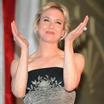 Renee Zellweger shows off much less pronounced SnapFace in Washington at event to honour US Military 35564
