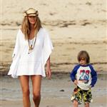 Elle Macpherson on vacation in Australia 37017