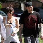 Nicole Richie and Joel Madden go running with friends 57837