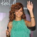Rihanna in green to launch her fragrance in London  92382