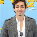 Robert Sheehan at London premiere of A Turtle's Tale  81824