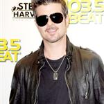 Robin Thicke in Miami to promote his upcoming album 'Sex Therapy' 50387