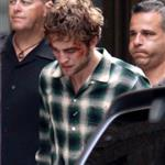 Robert Pattinson bloody and bruised on NYC set of Remember Me 43206