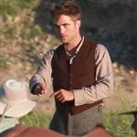 Robert Pattinson looks great on set of Water for Elephants 62555