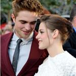 Kristen Stewart and Robert Pattinson at the Eclipse premiere in LA 64060
