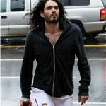 Russell Brand wears green socks to the gym 53731