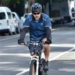 Russell Crowe goes for a bike ride in Sydney 117753