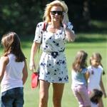 Geri Halliwell visits a north London Park with her daughter 125083