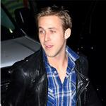 Ryan Gosling and dog on set in Ohio for Ides of March   80720