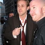 Ryan Gosling with fans in Detroit 81017
