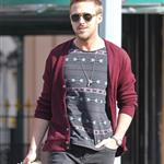 Ryan Gosling goes for lunch with a friend in New York City 110978