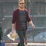 Ryan Gosling goes for lunch with a friend in New York City 110988