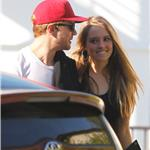 Ryan Phillippe out for lunch with mystery girl 101308