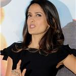 Salma Hayek at photo call for Puss in Boots  in Poland 95142