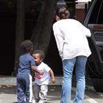 Sandra Bullock picks up Louis from school 111800