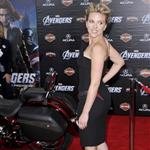 Scarlett Johansson at the LA premiere of The Avengers  111156