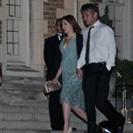Scarlett Johansson and Sean Penn holding hands at White House Correspondents Dinner  99897
