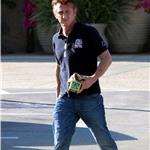 Sean Penn runs errands in Malibu 82517