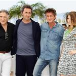 Sean Penn Canadian tuxedo at This Must Be The Place photocall in Cannes  85778
