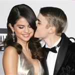 Selena Gomez and Justin Bieber at the 2011 American Music Awards 98900