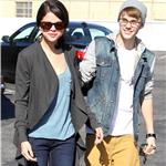 Justin Bieber takes Selena Gomez for breakfast at Ihop restaurant 98917