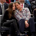 Seth Meyers and Jason Sudeikis double date at Knicks game? 75703
