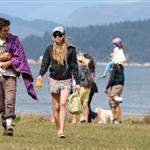 Amanda Seyfried and Shiloh Fernandez at the beach in Vancouver 68259