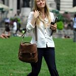 Amanda Seyfried in New York shooting Letters to Juliet 45099