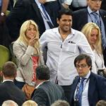 Shakira at the Euro 2012 football championships 118370