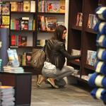 Jessica Biel at Miami airport posing with book before trip to Caribbean 83481