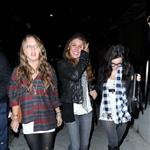 Shenae Grimes annoyed but not really that the paps actually cared about her in LA 28884