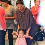 Katherine Heigl shopping with baby Naleigh 60483