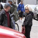 Sienna Miller cries at the paparazzi in New York while walking her dog 49643