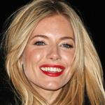 Sienna Miller Lights London eye for World Aids Day  73997