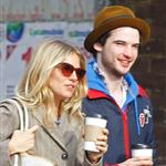 Sienna Miller Tom Sturridge have coffee in London  81867