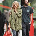 Slightly emotional Sienna Miller and hairy Tom Sturridge after lunch in London 92663