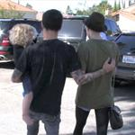 Ashlee Simpson Pete Wentz holding hands look like they're reconciling  82447