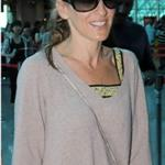 Sarah Jessica Parker at Taipei airport heading for Beijing  90780