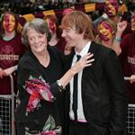 Maggie Smith kisses Rupert Grint on red carpet in London at Harry Potter and the Half Blood Prince premiere 42558