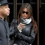 Sofia Vergara impatiently waits for ride in NYC  83406